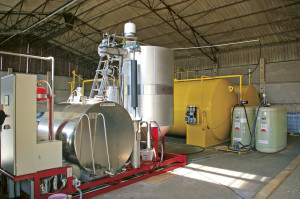 I den här anläggningen tillverkas biodiesel.